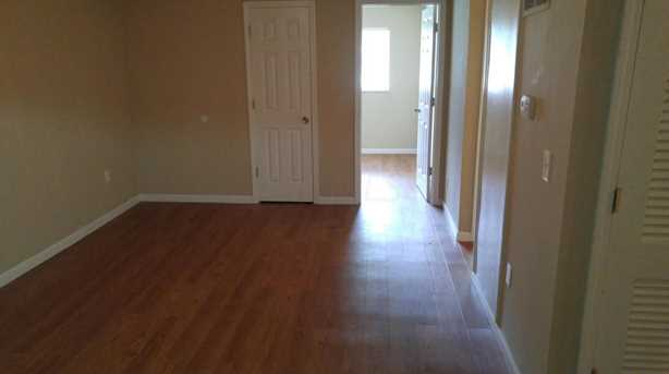 909 Mayfield Place - Photo 9