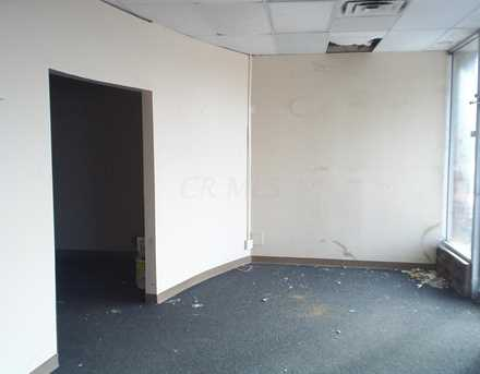 1055-1068 Country Club Road - Photo 2