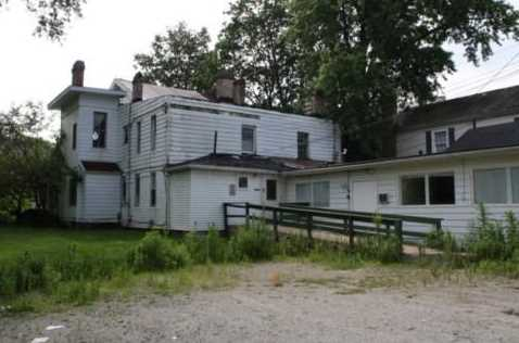 303 N Main St - Photo 7