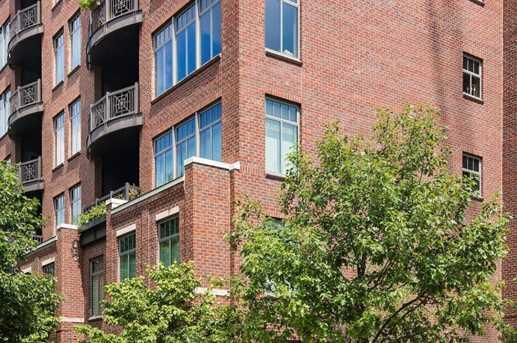 250 Daniel Burnham Square #302 - Photo 3