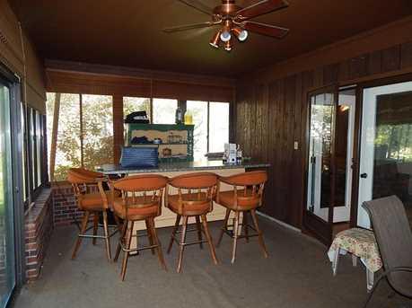 6221 Beaver Lake Drive - Photo 5