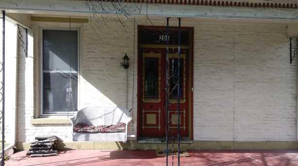 204 W Main Street - Photo 2