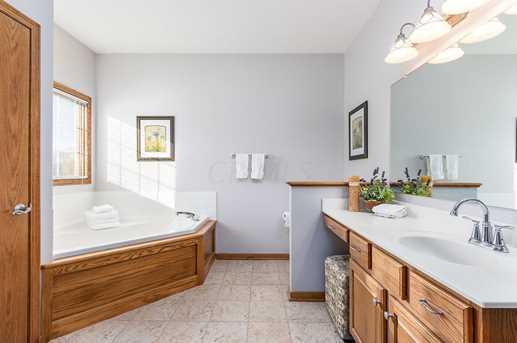 7604 Augusta Woods Terrace - Photo 21