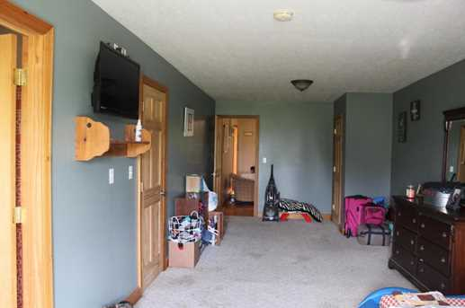 26081 Armstrong Rd - Photo 21