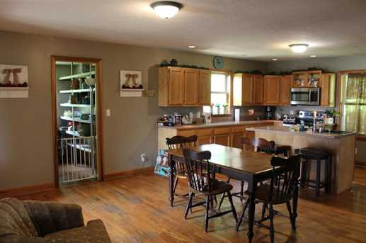 26081 Armstrong Rd - Photo 11