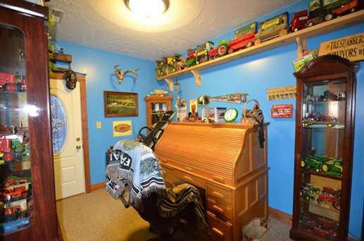 9905 Claysville Road - Photo 9