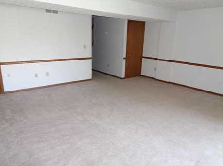 253 Constitution Drive - Photo 11