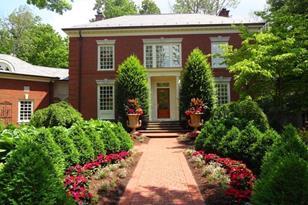 4220 Gunston Hall - Photo 1