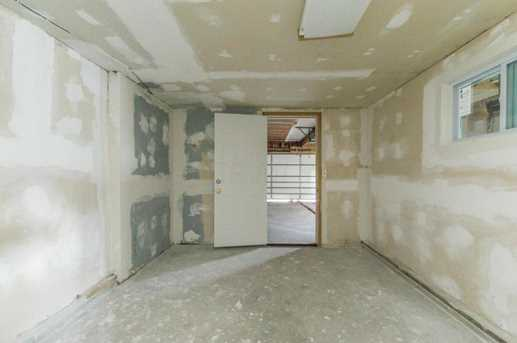 1141 Country Club Road - Photo 33