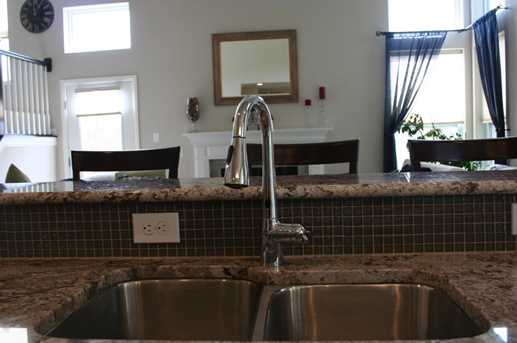 8691 Crooked Maple Drive - Photo 7
