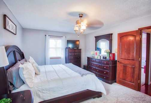 1276 N Howell Dr - Photo 23