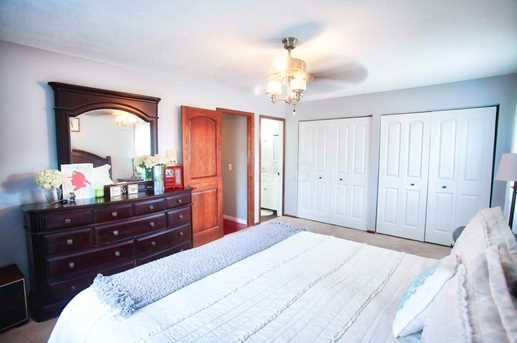 1276 N Howell Dr - Photo 25