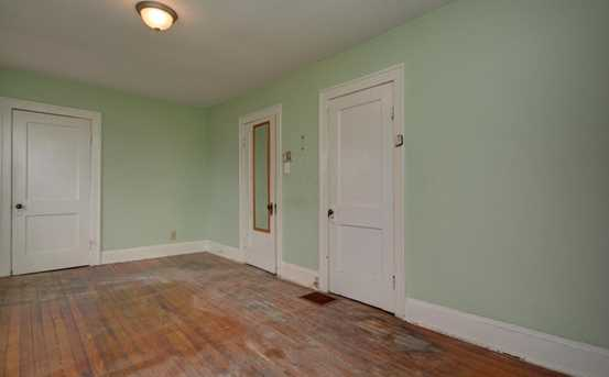 68 S Oakley Avenue - Photo 13
