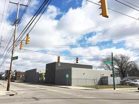 1099 Sullivant Ave - Photo 1