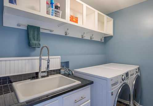 7321 New Point Place - Photo 9