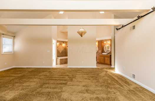 8071 Olentangy River Road - Photo 19