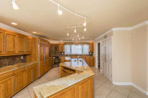 8071 Olentangy River Road - Photo 11