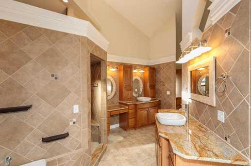 8071 Olentangy River Road - Photo 23