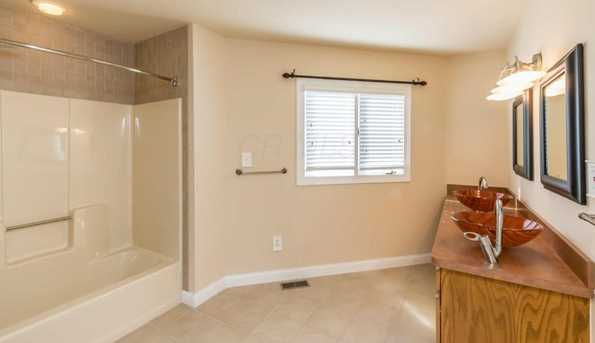 8071 Olentangy River Road - Photo 31