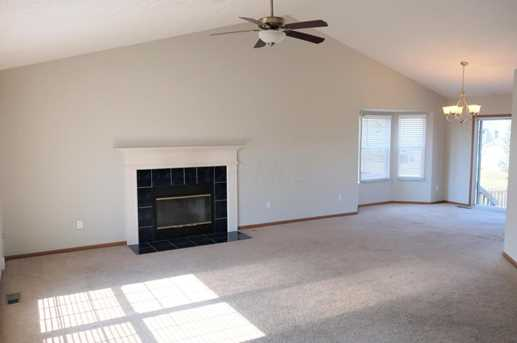 1483 Autumn Drive - Photo 3