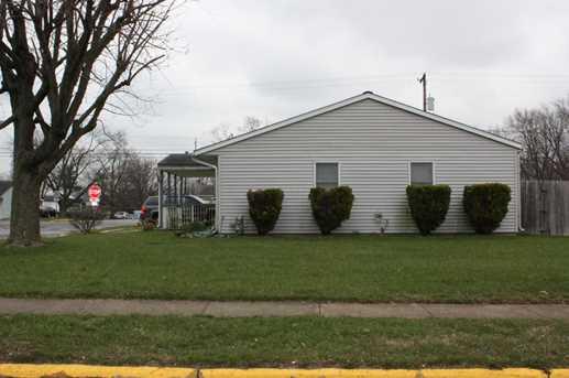 4671 Frost Avenue - Photo 3