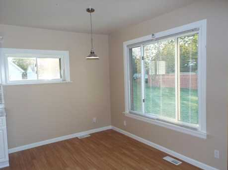 467 N Harris Avenue - Photo 13