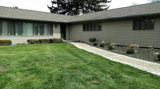 5645 Olentangy River Road - Photo 3