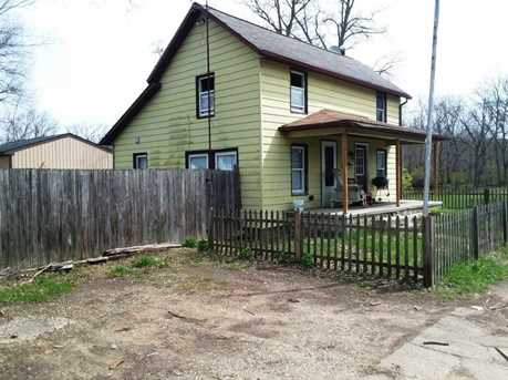 176 E Channel Street - Photo 1