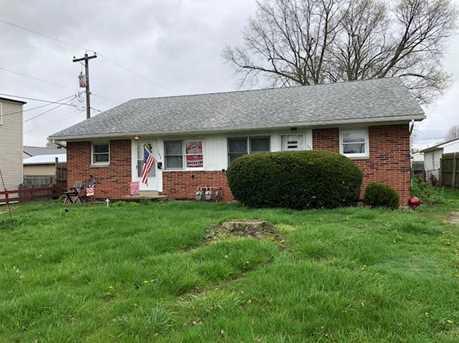 1074 Lynwood Ave - Photo 1