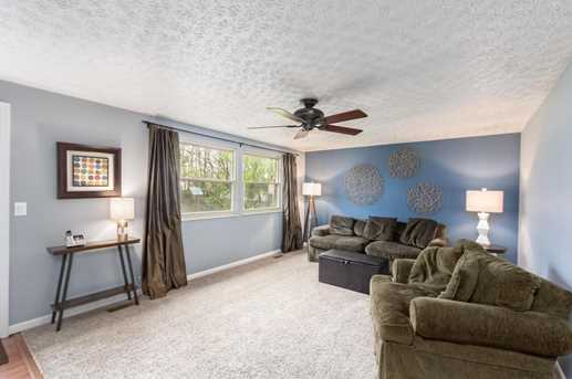 400 Forestwood Drive - Photo 3