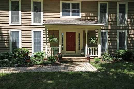 570 Hickory Place - Photo 3