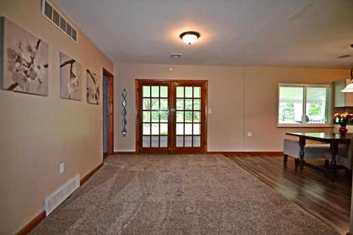 4284 Hoover Road - Photo 3