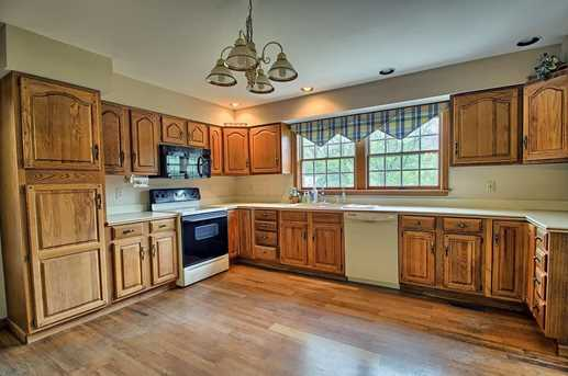 8695 Olentangy River Road - Photo 11