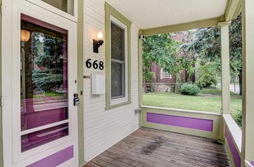 668 Oakwood Avenue - Photo 3