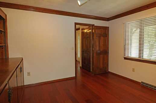 1184 Laurel Dr - Photo 9
