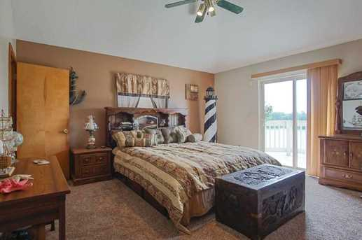 1055 Chickasaw Dr - Photo 7