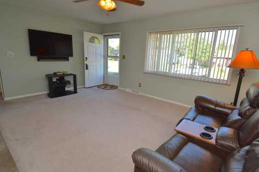 1103 Bellflower Avenue - Photo 7