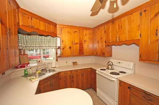 131 Mansfield Ave - Photo 11