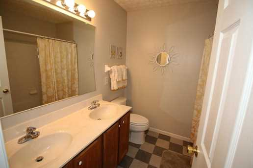6031 Rothchester Drive - Photo 41