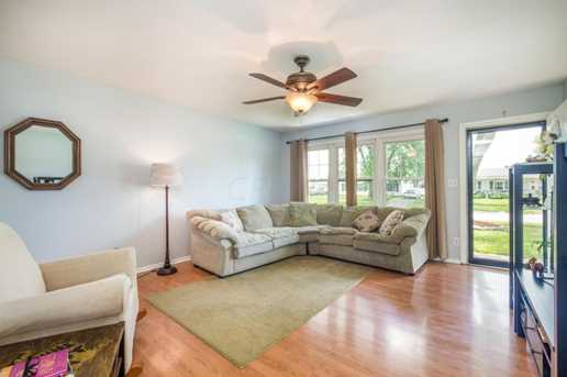 1104 Secrest Avenue - Photo 3
