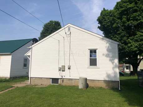 420 Busby Ave - Photo 3