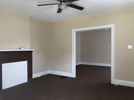 126 Hoover St - Photo 5