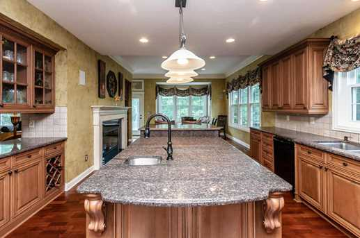 6573 Spinnaker Dr - Photo 9