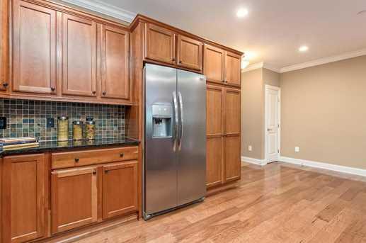3175 Tremont Rd #207 - Photo 17