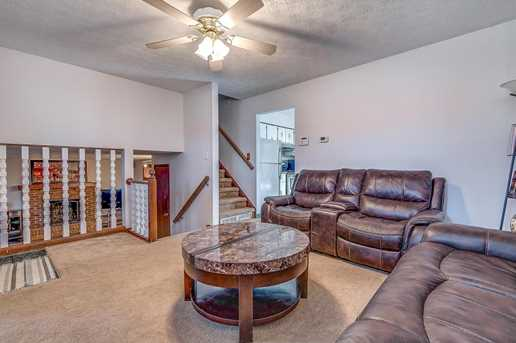2872 Liberty Bell Lane - Photo 3