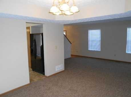 1554 Windsong Dr - Photo 3