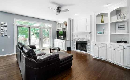 1347 Dunrovin Dr - Photo 3