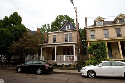 743 Oak Street - Photo 1