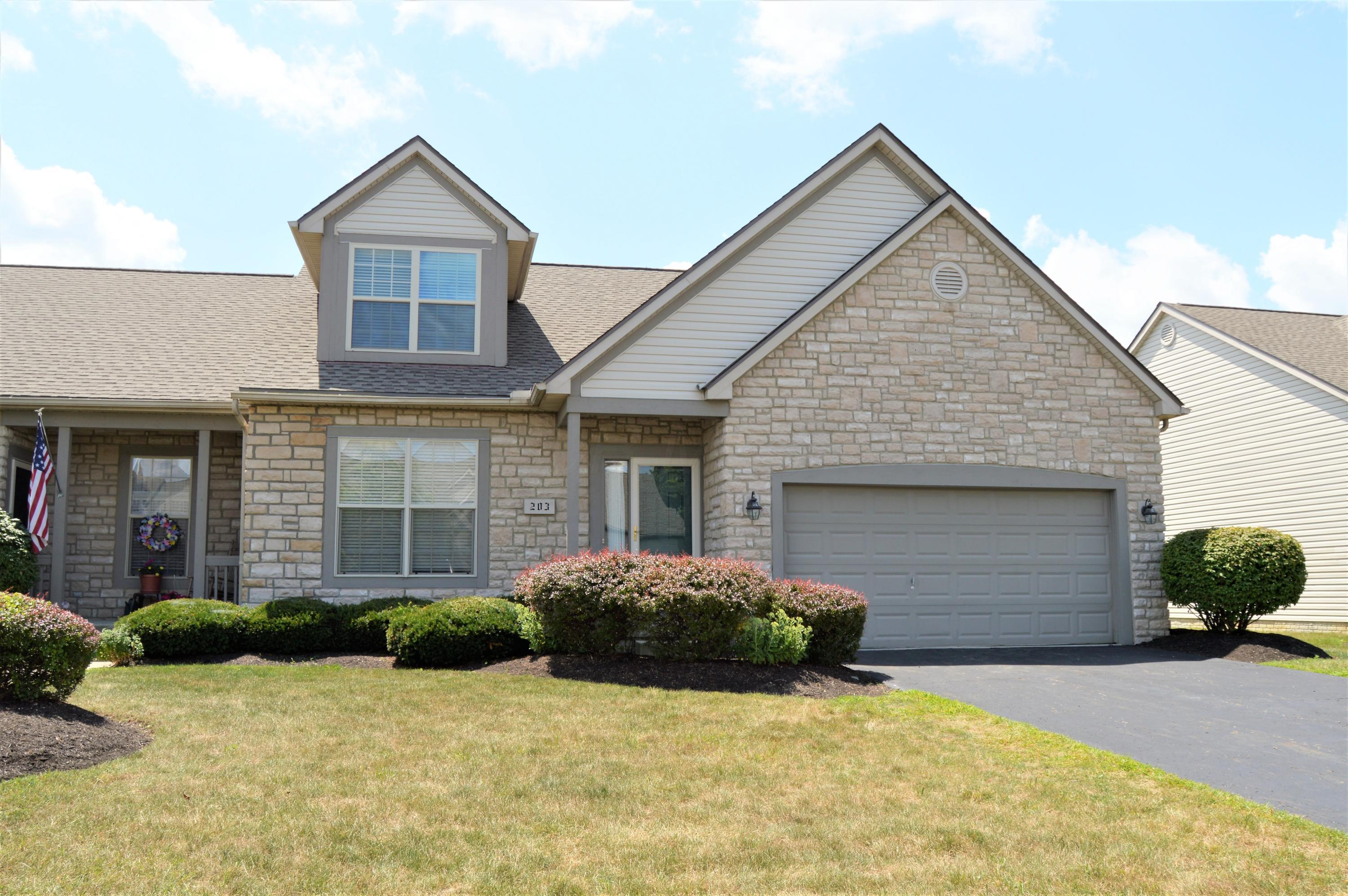 203 Pebble Creek Dr Etna Oh 43062 Mls 218028268 Coldwell