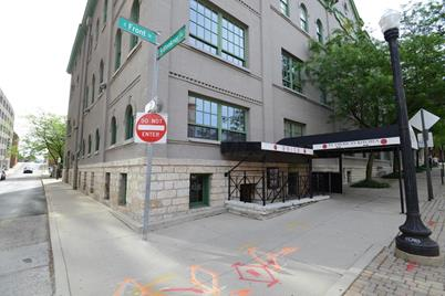 51 W Blenkner Street #206 - Photo 1
